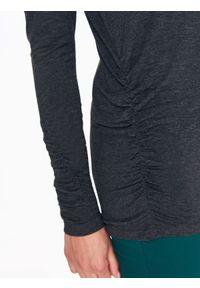 TOP SECRET - Bluzka długi rękaw z długim rękawem. Okazja: na co dzień. Kolor: szary. Materiał: dzianina, bawełna. Długość rękawa: długi rękaw. Długość: długie. Wzór: melanż. Styl: casual