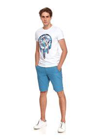 TOP SECRET - T-shirt z nadrukiem. Okazja: na co dzień. Kolor: biały. Materiał: bawełna, tkanina. Długość rękawa: krótki rękaw. Długość: krótkie. Wzór: nadruk. Styl: wakacyjny, casual