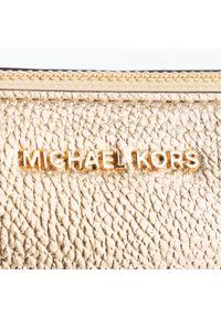 Złota torebka Michael Kors elegancka