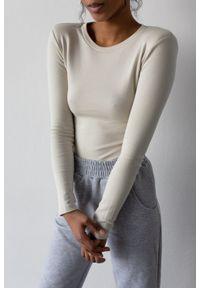 Marsala - Body z długim rękawem i poduszkami w kolorze CANNOLI CREAM - CONDITION BY MARSALA. Materiał: bawełna, prążkowany, materiał, elastan. Długość: długie