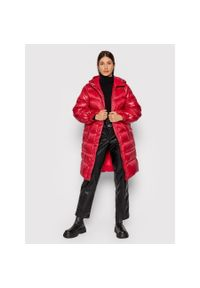 TwinSet - Malinowa kurtka zimowa do kolan Twinset. Kolor: różowy. Materiał: puch, poliester. Długość: do kolan. Sezon: zima
