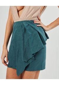 MARLU - Zielona spódnica mini Aires. Okazja: do pracy, na spotkanie biznesowe. Kolor: zielony. Materiał: len. Wzór: aplikacja. Styl: biznesowy, wizytowy