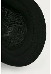Czarny kapelusz Kangol gładki