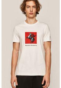 Biały t-shirt medicine z nadrukiem, street