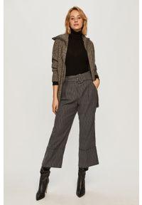 Szary sweter Stefanel krótki, klasyczny