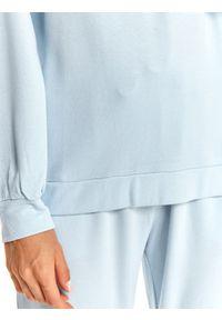 TOP SECRET - Bluza nierozpinana damska, nierozpinana, z aplikacją, z metalowym zdobieniem. Kolor: niebieski. Materiał: dzianina. Długość: długie. Wzór: aplikacja