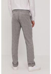 Marciano Guess - Spodnie. Okazja: na co dzień. Kolor: szary. Materiał: tkanina. Styl: casual