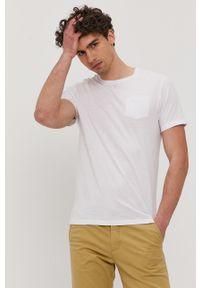 Biały t-shirt Brave Soul gładki, casualowy
