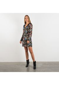 """Pinko Sukienka """"Stupefare"""". Typ kołnierza: dekolt w kształcie V. Materiał: tkanina, jedwab. Długość rękawa: długi rękaw. Wzór: aplikacja. Typ sukienki: kopertowe, dopasowane. Długość: mini"""
