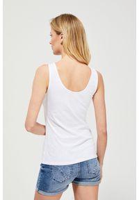 Biała bluzka MOODO klasyczna, w koronkowe wzory