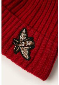 Czerwona czapka Jamiks