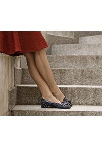 Zapato - kolorowe baleriny w szpic - skóra naturalna - model 045 - kolor indian. Zapięcie: bez zapięcia. Materiał: skóra. Wzór: kolorowy. Obcas: na obcasie. Styl: klasyczny. Wysokość obcasa: średni