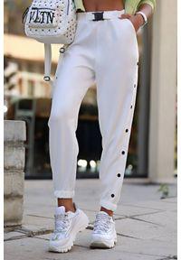 Białe spodnie IVET casualowe, na co dzień