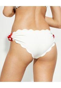 MARYSIA SWIM - Biały dół od bikini Antibes. Kolor: biały. Materiał: materiał. Wzór: kwiaty, aplikacja