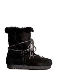 Czarne buty zimowe Moon Boot z cholewką, boho