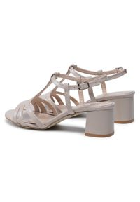 Beżowe sandały sagan