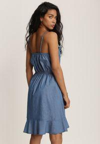 Renee - Granatowa Sukienka Pheronele. Kolor: niebieski. Materiał: jeans. Długość rękawa: na ramiączkach. Wzór: aplikacja. Sezon: lato. Typ sukienki: asymetryczne, oversize, rozkloszowane. Długość: mini