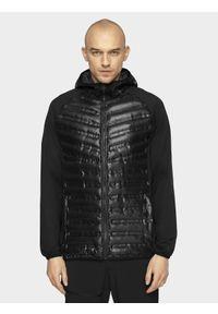 Czarna kurtka puchowa 4f z kapturem, raglanowy rękaw