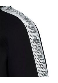 DSQUARED2 KIDS - Czarna bluza na suwak 6-16 lat. Okazja: na co dzień. Kolor: czarny. Materiał: materiał. Długość rękawa: długi rękaw. Długość: długie. Wzór: nadruk. Sezon: lato. Styl: sportowy, klasyczny, casual