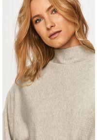 Vero Moda - Sweter. Kolor: szary. Długość rękawa: długi rękaw. Długość: długie