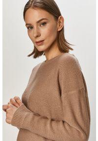 Brave Soul - Sweter. Okazja: na co dzień. Kolor: beżowy. Długość rękawa: długi rękaw. Długość: długie. Styl: casual