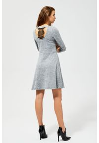 Szara sukienka MOODO casualowa, w koronkowe wzory, do pracy
