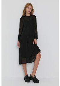 Samsoe & Samsoe - Samsoe Samsoe - Sukienka. Okazja: na co dzień. Kolor: czarny. Materiał: włókno, tkanina, materiał. Długość rękawa: długi rękaw. Wzór: gładki. Typ sukienki: proste. Styl: casual