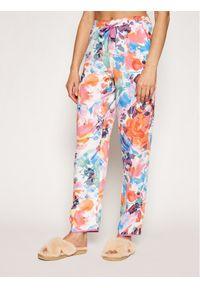 Piżama w kolorowe wzory
