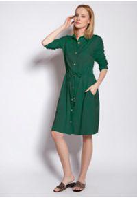 Zielona sukienka wizytowa Lanti z koszulowym kołnierzykiem, koszulowa
