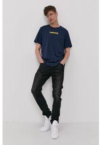 Levi's® - Levi's - T-shirt. Okazja: na co dzień, na spotkanie biznesowe. Kolor: niebieski. Materiał: dzianina. Wzór: nadruk. Styl: biznesowy, casual