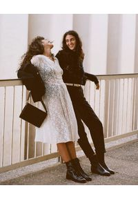 BALAGAN - Czarna torebka Gala. Kolor: czarny. Styl: klasyczny, vintage, elegancki. Rodzaj torebki: na ramię