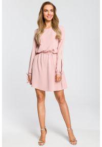 e-margeritka - Sukienka rozkloszowana z długim rękawem różowa - m. Kolor: różowy. Materiał: poliester, materiał, elastan. Długość rękawa: długi rękaw. Styl: boho, elegancki