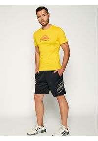 Żółta koszulka sportowa Nike Dri-Fit (Nike), do biegania