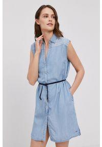 Pepe Jeans - Sukienka Benny. Okazja: na co dzień. Kolor: niebieski. Materiał: tkanina. Wzór: gładki. Typ sukienki: proste. Styl: casual