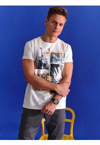 Biały t-shirt TOP SECRET krótki, z krótkim rękawem, na wiosnę, z nadrukiem