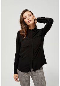 MOODO - Koszula z wiskozy z kieszeniami. Materiał: wiskoza. Długość rękawa: długi rękaw. Długość: długie. Wzór: gładki