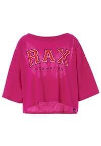 REDEMPTION ATHLETIX - Różowa koszulka z logo. Kolor: różowy, fioletowy, wielokolorowy. Materiał: bawełna. Styl: sportowy