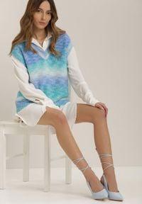 Renee - Niebieska Kamizelka Saethephrei. Kolor: niebieski. Materiał: jeans, dzianina, wełna. Wzór: aplikacja, kolorowy. Styl: klasyczny