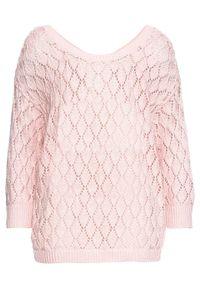 Różowy sweter bonprix w ażurowe wzory