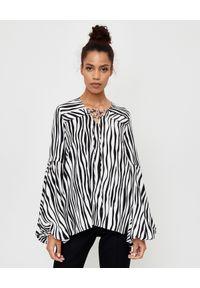 THECADESS - Koszula ze wzorem zebry Safi. Kolor: czarny. Materiał: tkanina. Długość: długie. Wzór: motyw zwierzęcy. Styl: elegancki
