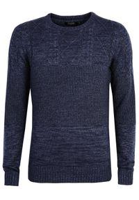 Niebieski sweter TOP SECRET z okrągłym kołnierzem, melanż, casualowy