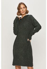 Sukienka Vero Moda prosta, na co dzień, z długim rękawem, casualowa