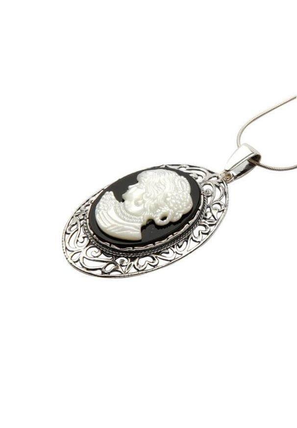 Polcarat Design - Wisiorek srebrny W 1671 Kamea. Materiał: srebrne. Kolor: srebrny