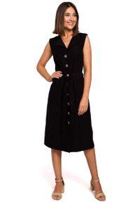 MOE - Czarna Sukienka Midi Typu Szmizjerka bez Rękawów. Kolor: czarny. Materiał: wiskoza, poliester. Długość rękawa: bez rękawów. Typ sukienki: szmizjerki. Długość: midi
