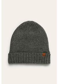 Szara czapka Blend
