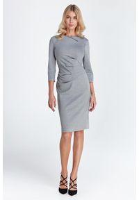 Sukienka klasyczna, ołówkowa, na spotkanie biznesowe