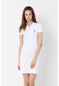 Biała sukienka Edward Orlovski sportowa, polo, sportowa, z haftami