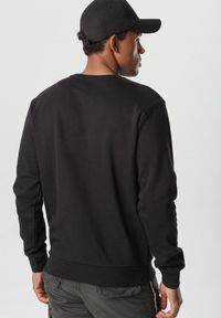 Czarna bluza Born2be #5