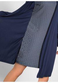 Sukienka w optyce 2 w 1, długi rękaw bonprix ciemnoniebieski w graficzny wzór. Kolor: niebieski. Materiał: wiskoza, skóra. Długość rękawa: długi rękaw