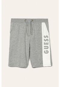 Szare spodenki Guess Jeans z nadrukiem, sportowe, na co dzień